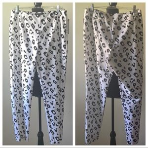 Leopard black and White Mid Rise Pants